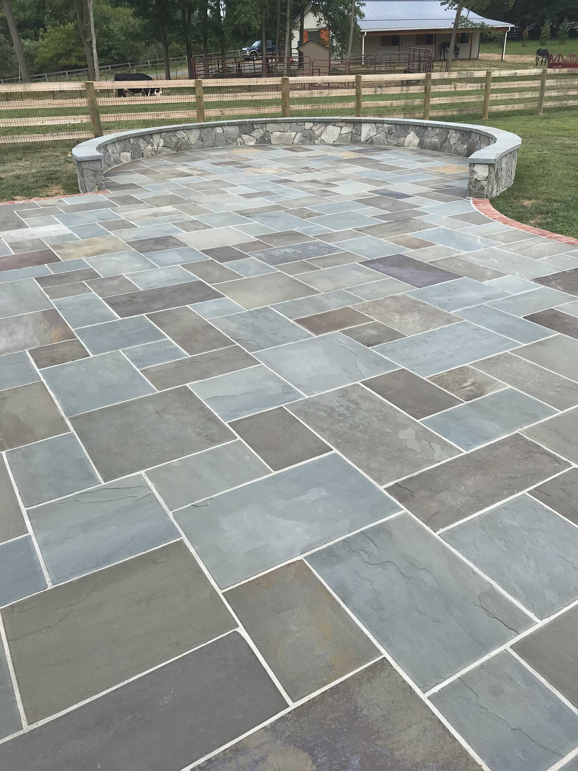 Types Of Flagstone For Outdoor Spaces Award Winning Flagstone Masons