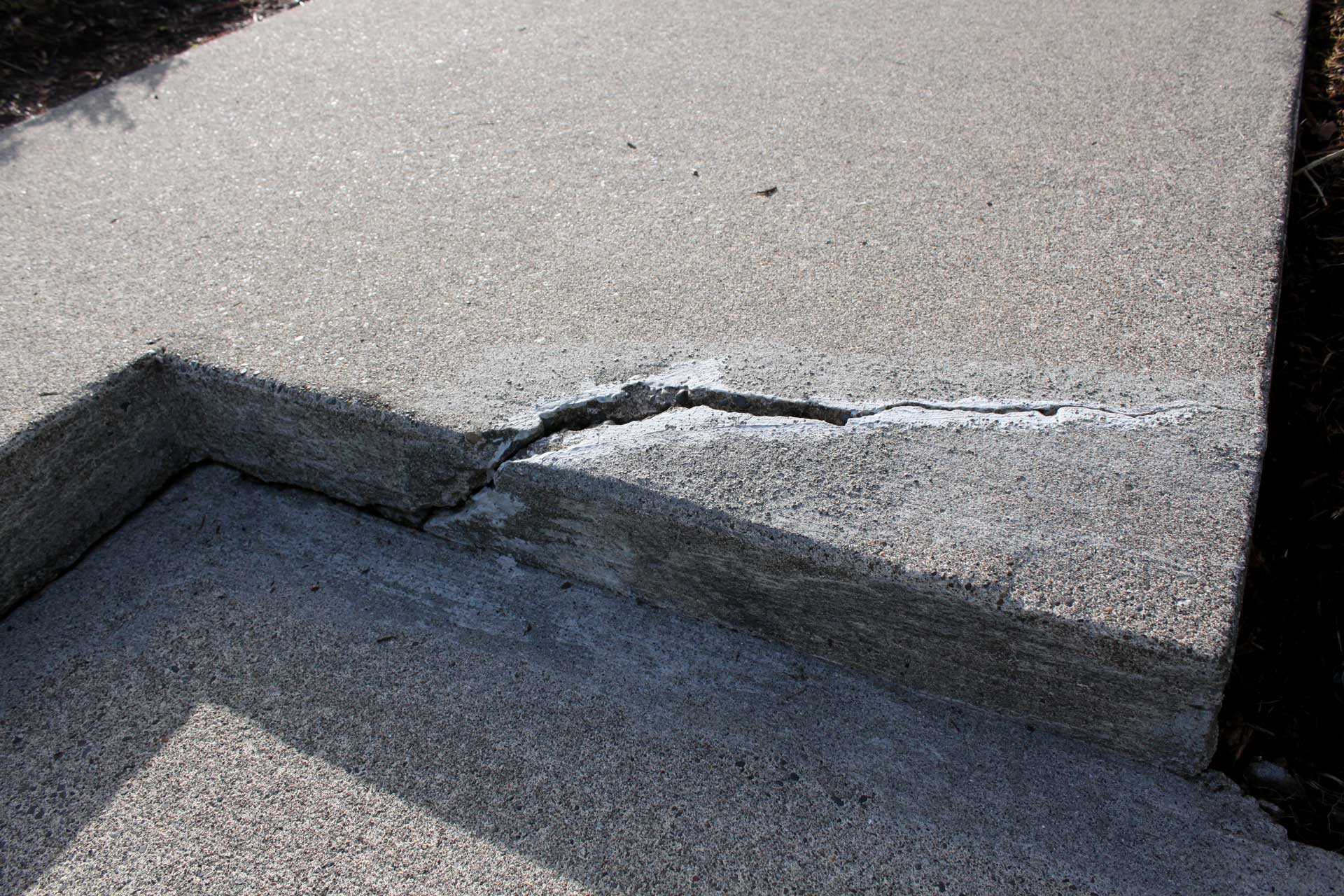 image of repair or replace cracked concrete by Capital Masonry